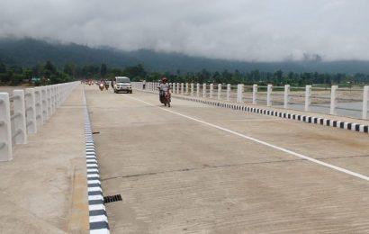 बाबियाचौरको जामु पुलमा आजदेखि यातायातका साधन सुचारु ,जोखिमपूर्ण डुंगा यात्रा बाट स्थानिय  मुक्त