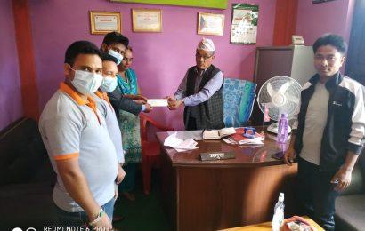 लक्ष्मि लघुबित्त द्वारा पञ्चपुरी मा नगद सहयोग
